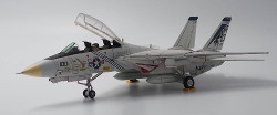 Calibre Wings Grumman F-14A Tomcat VF-143 Pukin Dogs, AG100