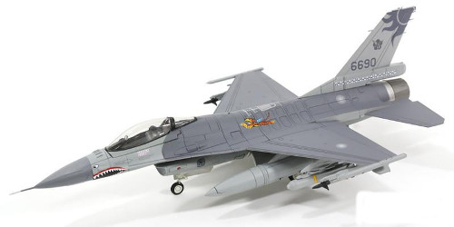 "Hobby Master HA3833 Lockheed F-16A Fighting Falcon, 401th TFW ""Flying Tigers"""