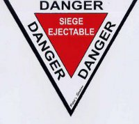 Stickers Autocollant Triangle Danger Ejection (19 cm)