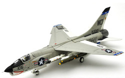 Century Wings Vought F-8E Crusader VMF(AW)-212 Lancers, WD106