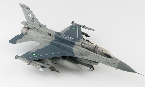 Hobby Master HA3875 Lockheed F-16D Fighting Falcon, No.5 Sqn Falcons, Shahbaz AB, 2017