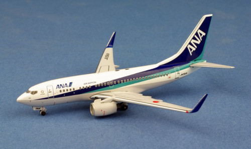 Boeing 737-700W ANA - All Nippon JA15AN